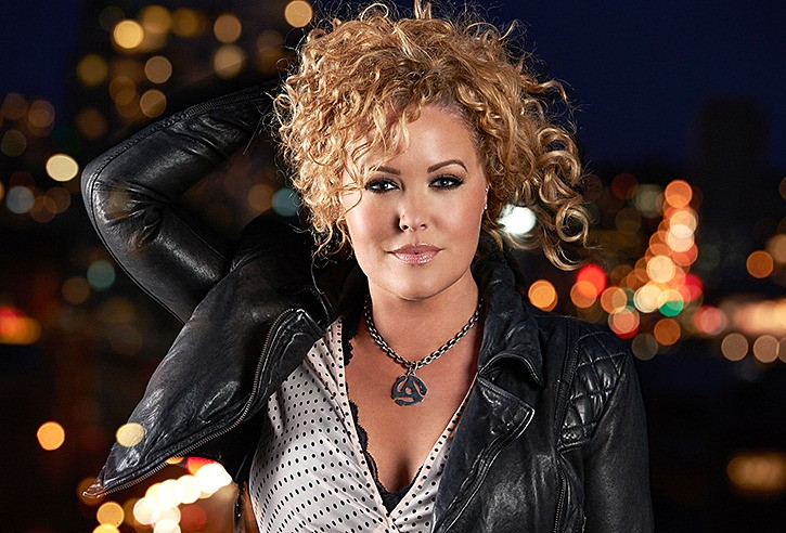 Karen Lee Batten will be one of three country artists performing at a pre-game party ahead of Saturday's lacrosse game between the Vancouver Stealth and the Saskatchewan Rush. The pre-game event includes a barbecue