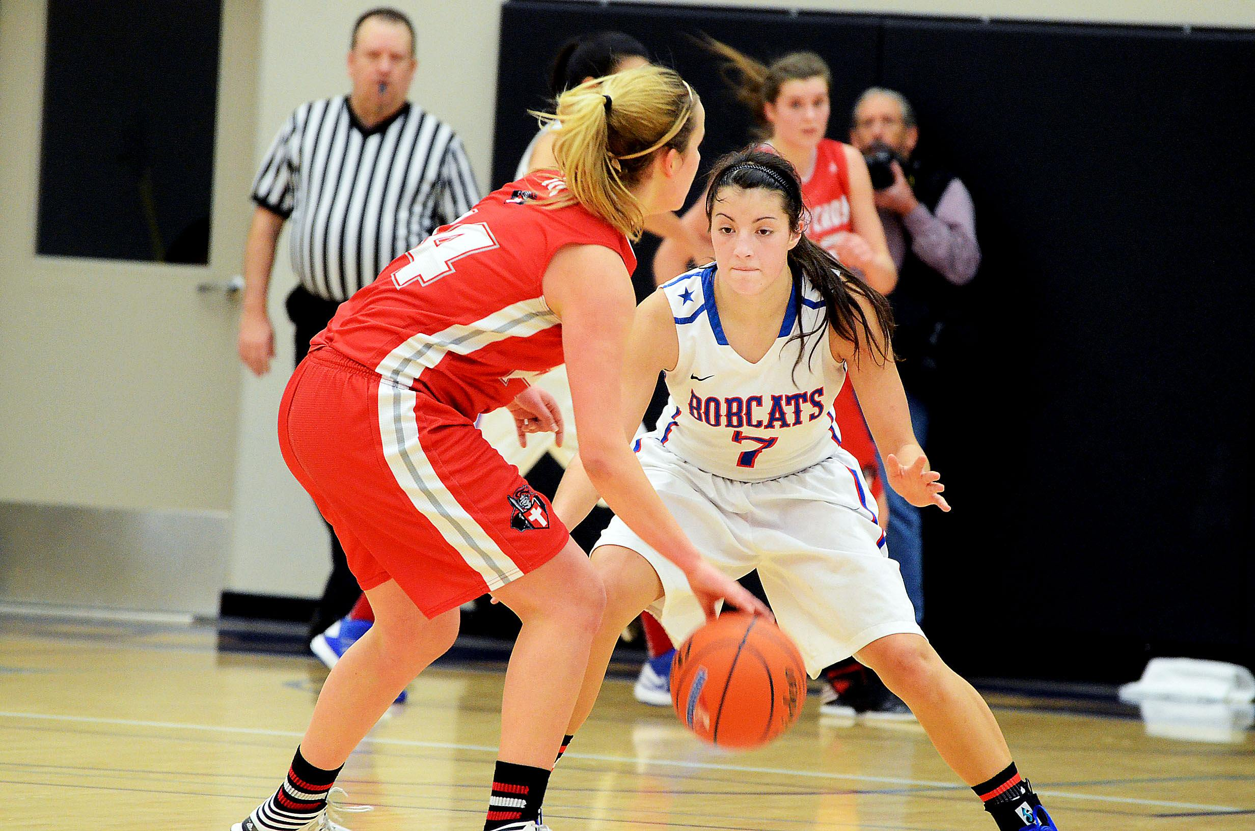 Crusaders tame Bobcats in Valley title game