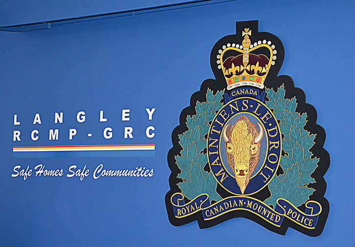 Langley RCMP warning: Wife scammed with border services money demand