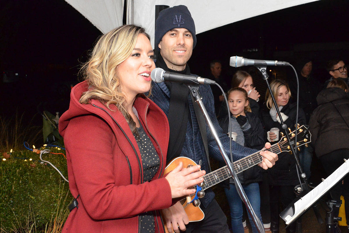 The Fort Langley Christmas Tree Lighting was on Nov. 25 and included Santa arriving via canoe at the Fort Langley Canoe Club, live entertainment, hot chocolate and cookies, and of course visits with Santa. (Heather Colpitts/Langley Advance)