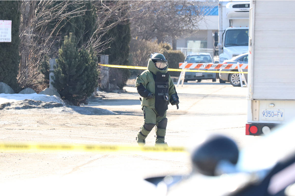 UPDATE: Explosive Disposal Unit have cleared scene where 'live grenade' discovered