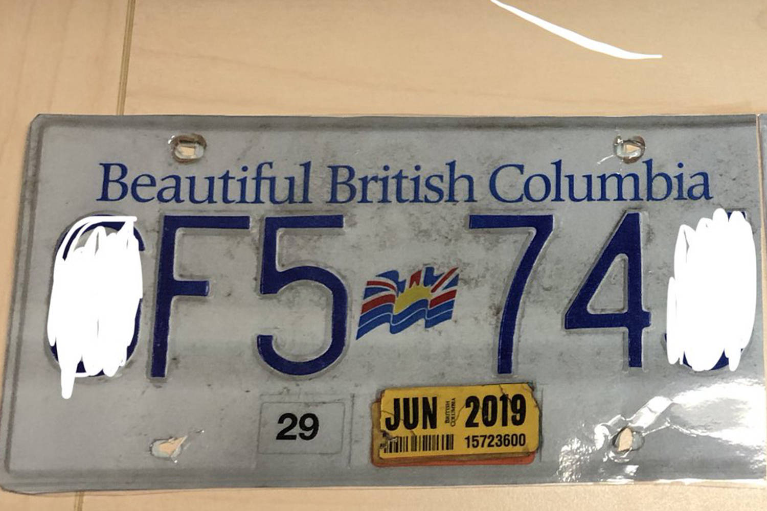 The traffic division of Saanich Police seized this fake plate from a vehicle without insurance, whose driver was violating his driving prohibition. Saanich Police/Twitter