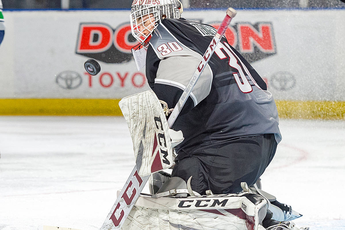 Vancouver Giants goalie David Tendeck stopped 30 of 34 shots on goal Wednesday night in Kent, when his team took on the Seattle Thunderbirds in the fourth game of a best-of-seven Western Conference playoff series. (Brian Liesse/Seattle Thunderbirds)
