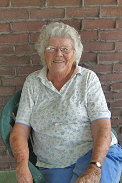 Iris Margaret Secord