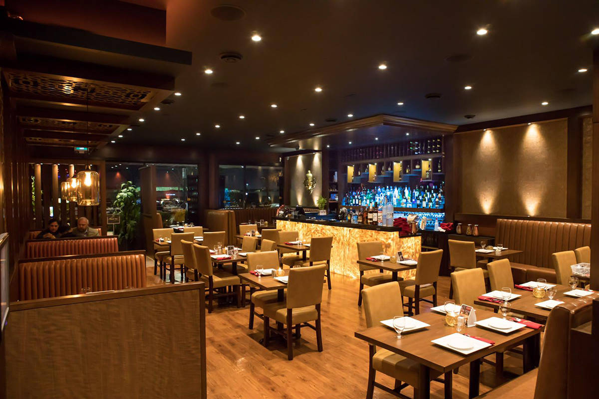 The inviting atmosphere makes An Indian Affair ideal for lunch, a romantic dinner or fun evenings with friends and family.