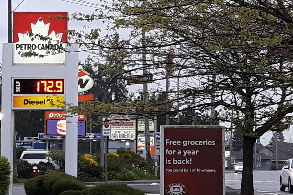 Cheapest Gas Prices >> Gas Prices In Metro Vancouver Hit 1 72 A Litre Langley Advance Times