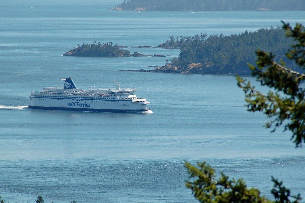 It was a busy morning for passengers on Thursday morning. The Tsawwassen to Swartz Bay ferry scheduled for 9 a.m. is 100 per cent full and the Swartz Bay to Tsawwassen ferry scheduled for 9 a.m. is sitting at 88 per cent full. (BC Ferries/Twitter)