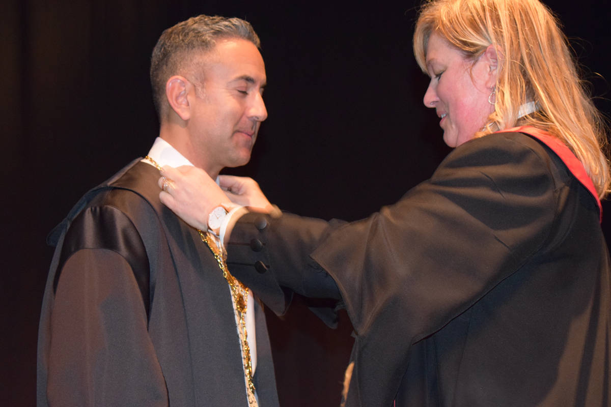 Kelowna Mayor Colin Basran was sworn into office in October by judge Lisa Wyatt after he was re-elected in October. Now he has received a death threat over the Internet. (Alistair Waters-Capital News)