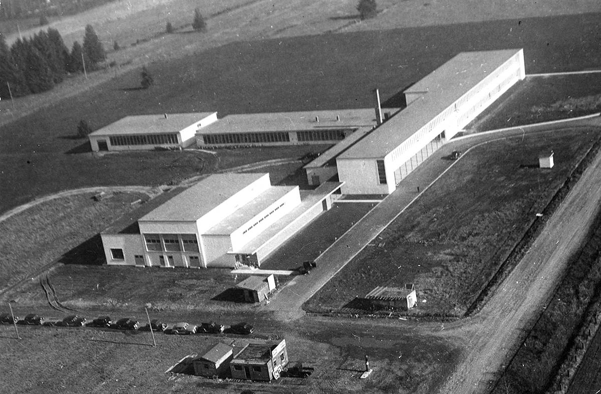 Aerial photo of Langley High School sometime after it was built [1948-1958]. (Langley Centennial Museum archives)