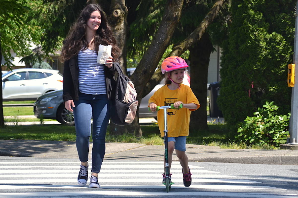 Student's call for stop light at 'unsafe intersection' gains traction