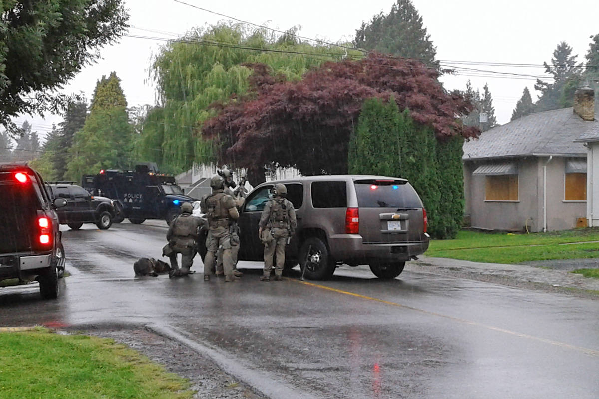 VIDEO: Raid at Chilliwack home where homicide occurred unrelated to the killing