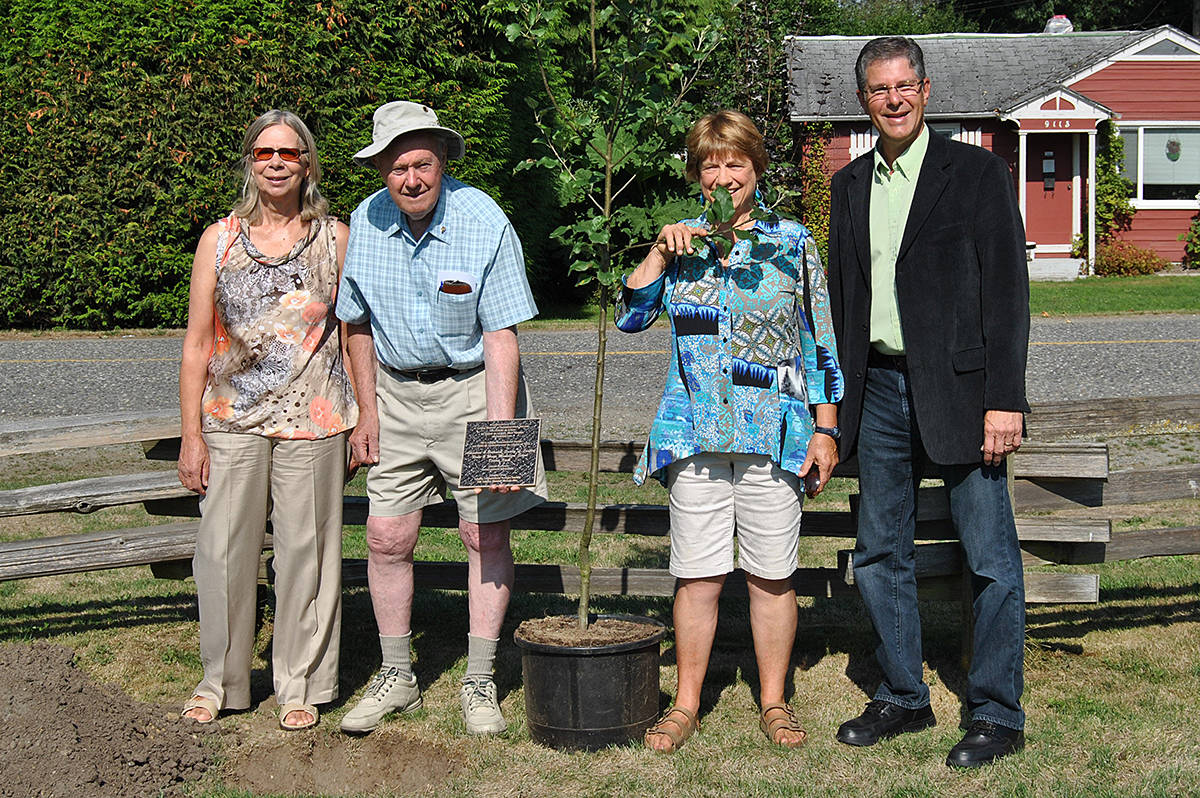 Mark Warawa with some of the Environmental Heroes award recipients in 2014. (Langley Advance Times files)