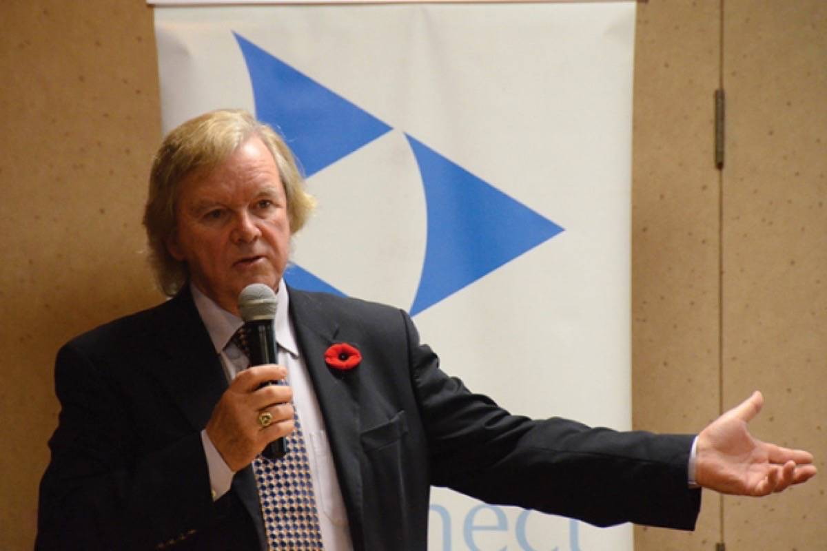 In this file photo, LNG-Buy BC Advocate Gordon Wilson presents to a Campbell River audience in 2014. Mike Davies/The Campbell River Mirror