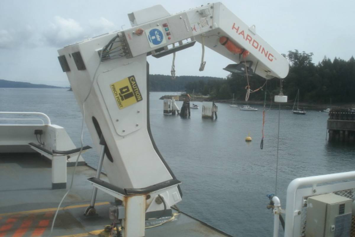 A photo from the released safety report showing the Queen of Cumberland's davit winching system. (From the Transportation Safety Board of Canada report M18P0087)