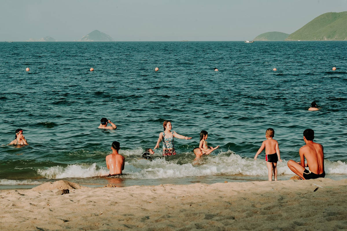 Drowning experts are warning people to be prepared and stay safe in the water this summer. (Pexels)