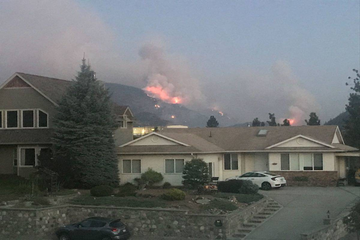 Eagle Bluff wildfire Tuesday evening from Okanagan Falls -Image: Kristi Patton