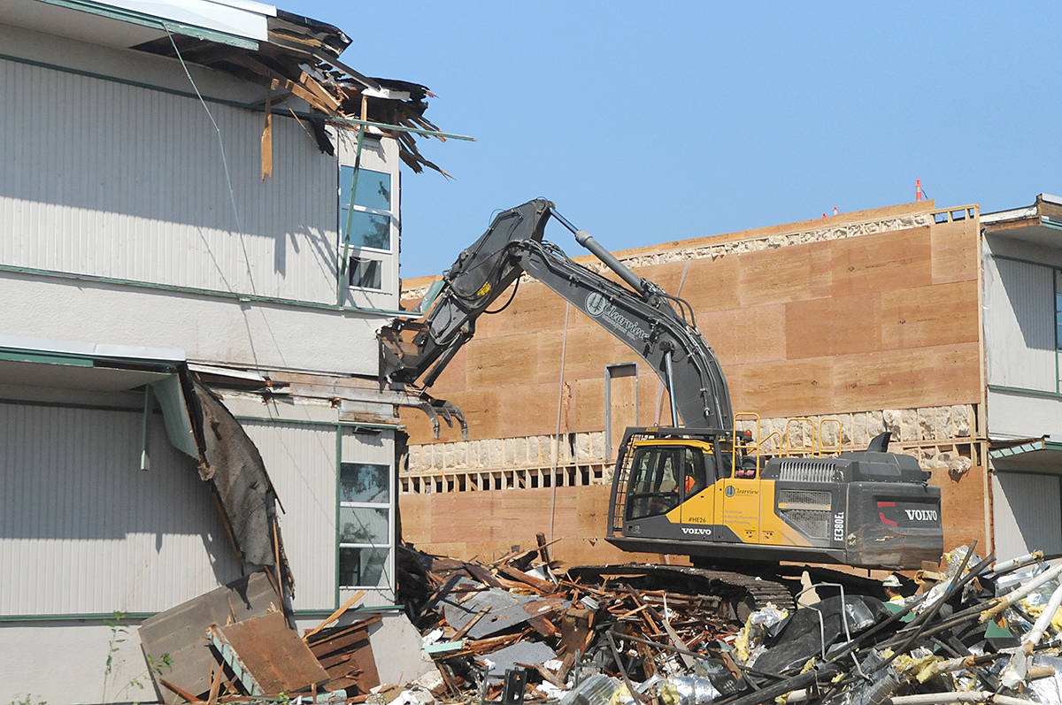 VIDEO: Walls come down at LSS