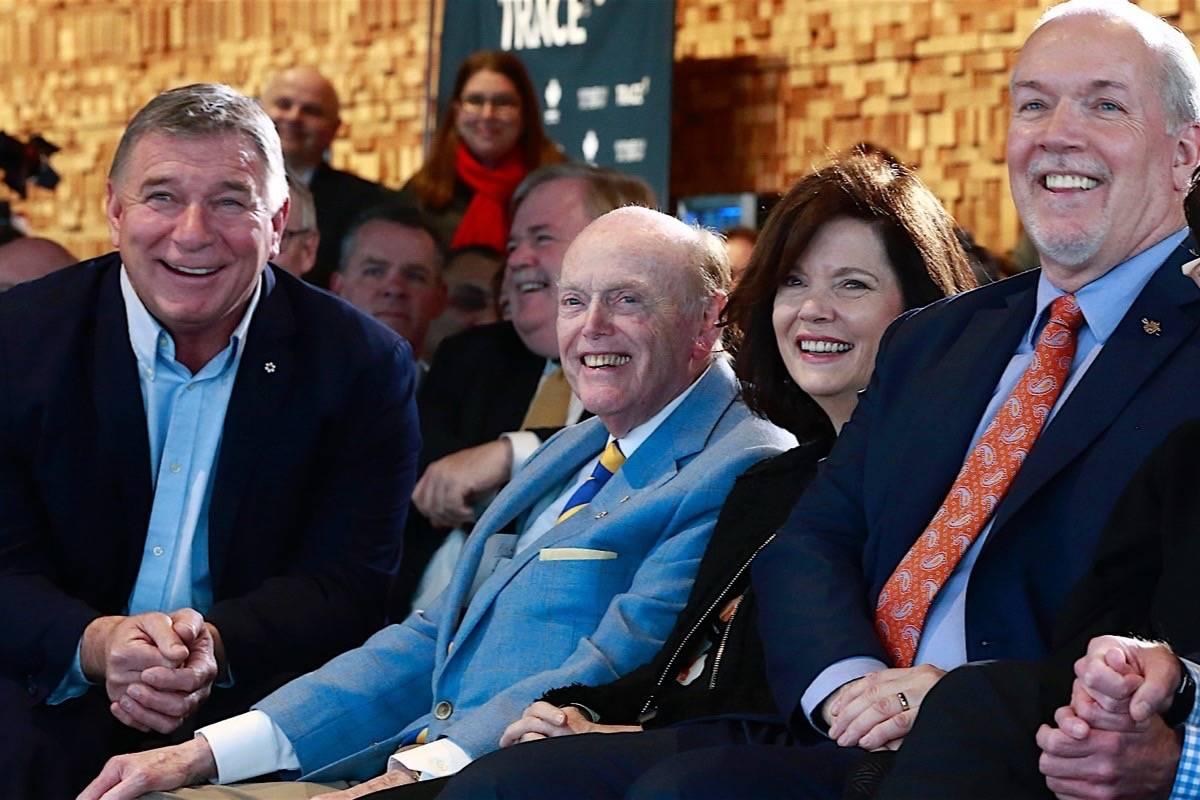B.C. billionaire Jim Pattison (centre) attends Vancouver Walk of Fame event with Premier John Horgan (right), Feb. 15, 2019. (B.C. government)