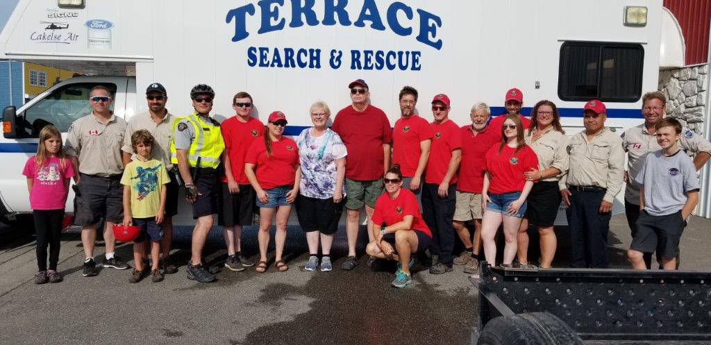 Terrace Search and Rescue members with Herb and Carla Sill. (Terrace SAR photo)