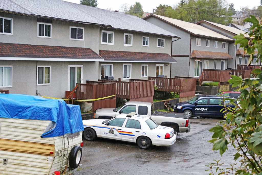 RCMP investigating a fatal stabbing in the 400 block of Ninth Ave. West on Oct. 18 2017. (Shannon Lough / The Northern View)