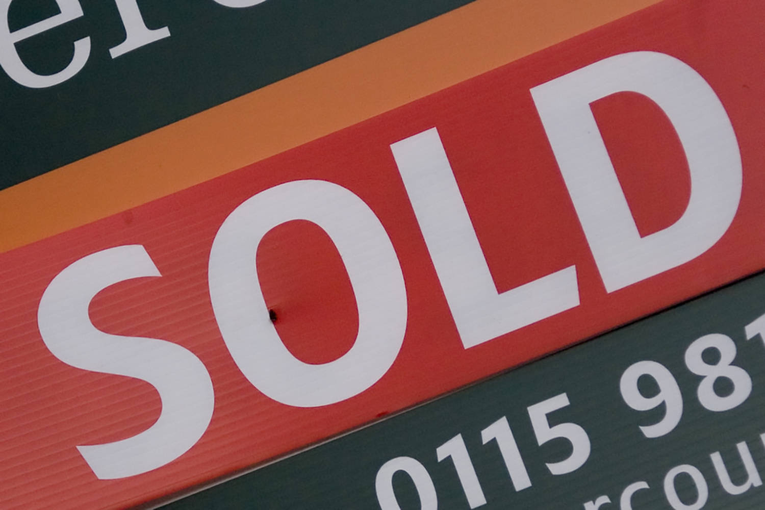 Average house price in Langley below $1 million for first time in two years