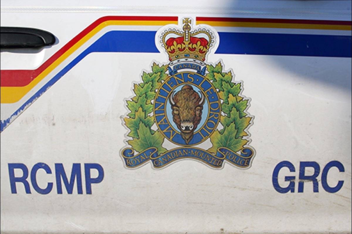 B.C. party bus company to be monitored after 40 intoxicated teens found onboard