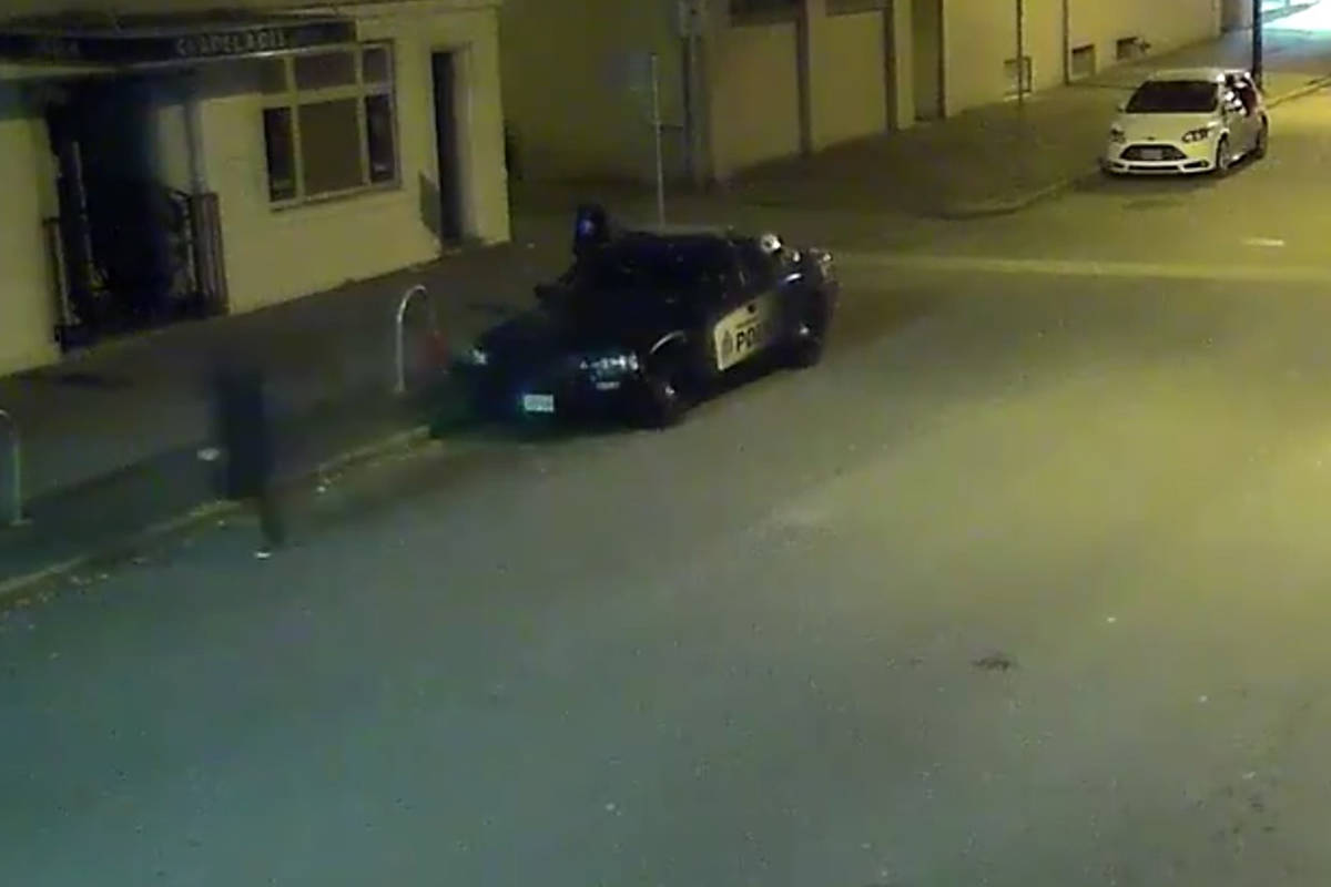 Vancouver police are looking for a suspect who vandalized a patrol car parked on Dunley Street between East Hastings and Cordova Street on Sept. 30, 2019. (VPD screenshot)