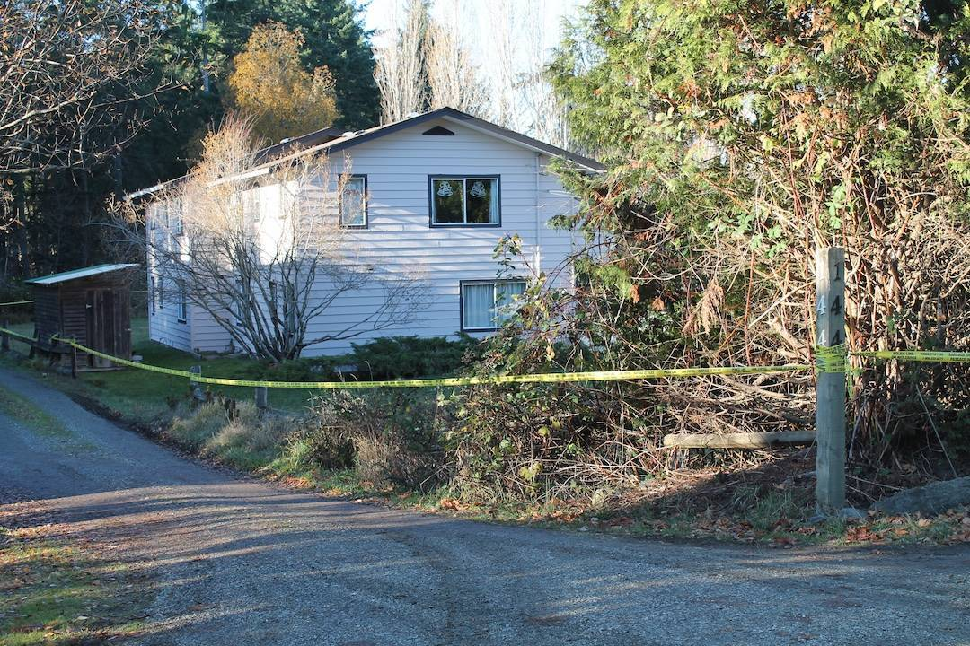 Police are concentrated their investigation at a home on Maliview Drive back in December of 2017. (Courtesy of the Gulf Islands Driftwood)