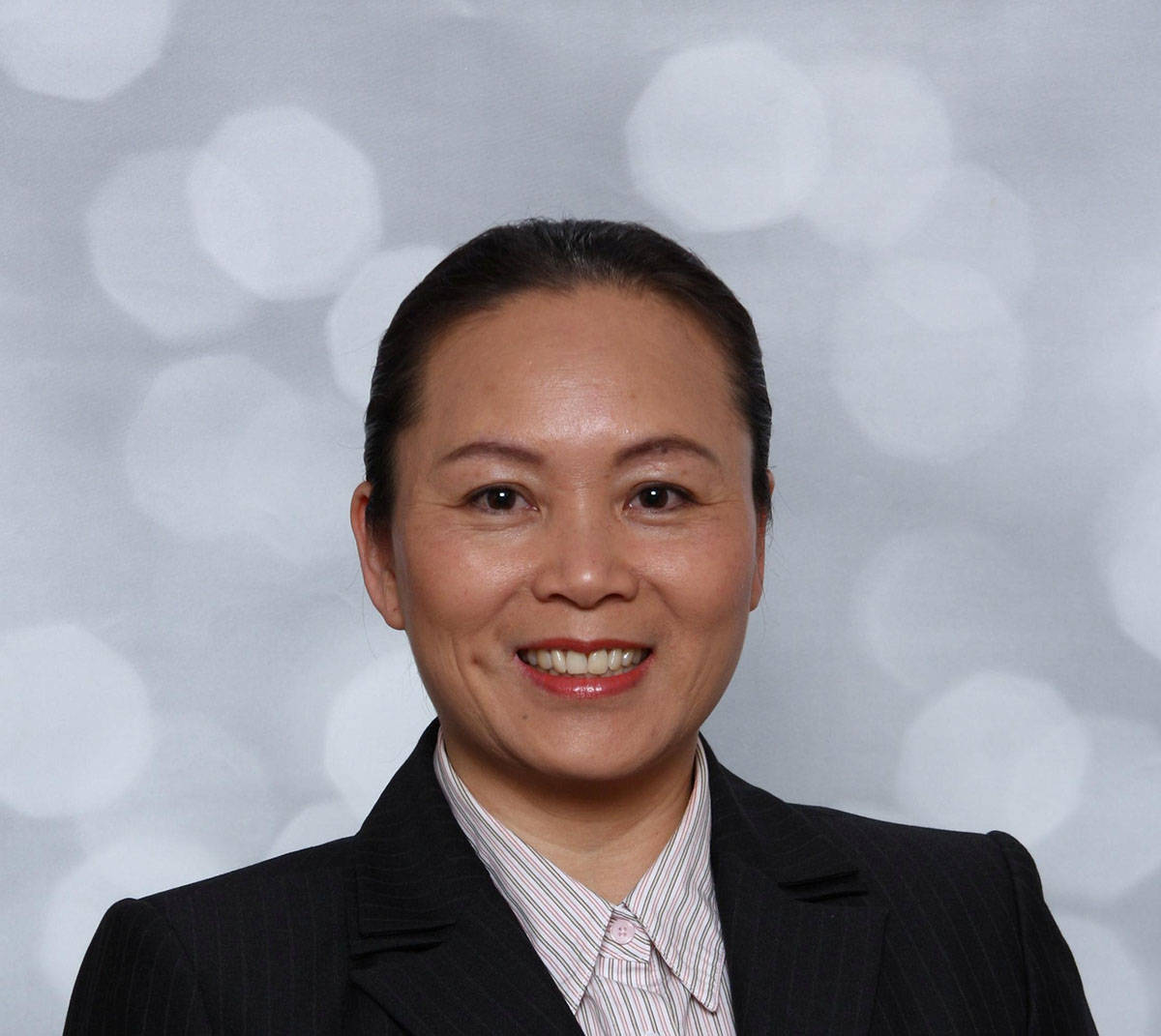 Jackie Leung is a chartered professional accountant, owner of SHL Leung & Co. Inc. and a volunteer on Langley Memorial Hospital Foundation's Legacy Giving Advisory Committee.