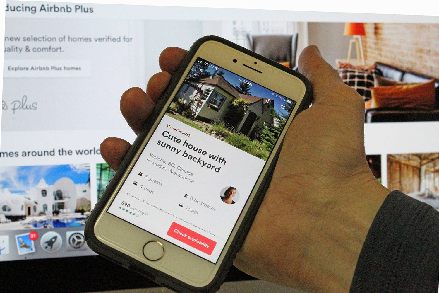 Kelowna city council will look at proposed rules to allow short-term rentals in secondary suites and carriage houses at its meeting on Monday. (Black Press)