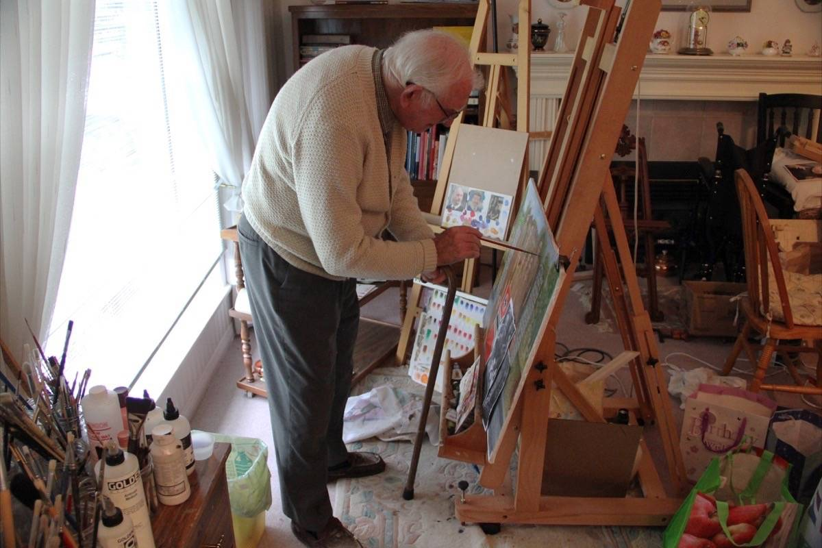 Reginald Wise uses painting as a form of therapy. (Photo: Malin Jordan)