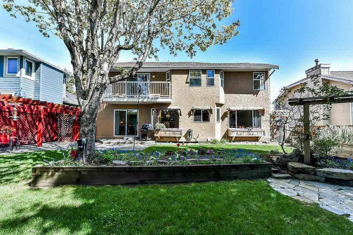 This White Rock home would run you $1.3 million, the benchmark price for a home in the city. (Zoocasa)