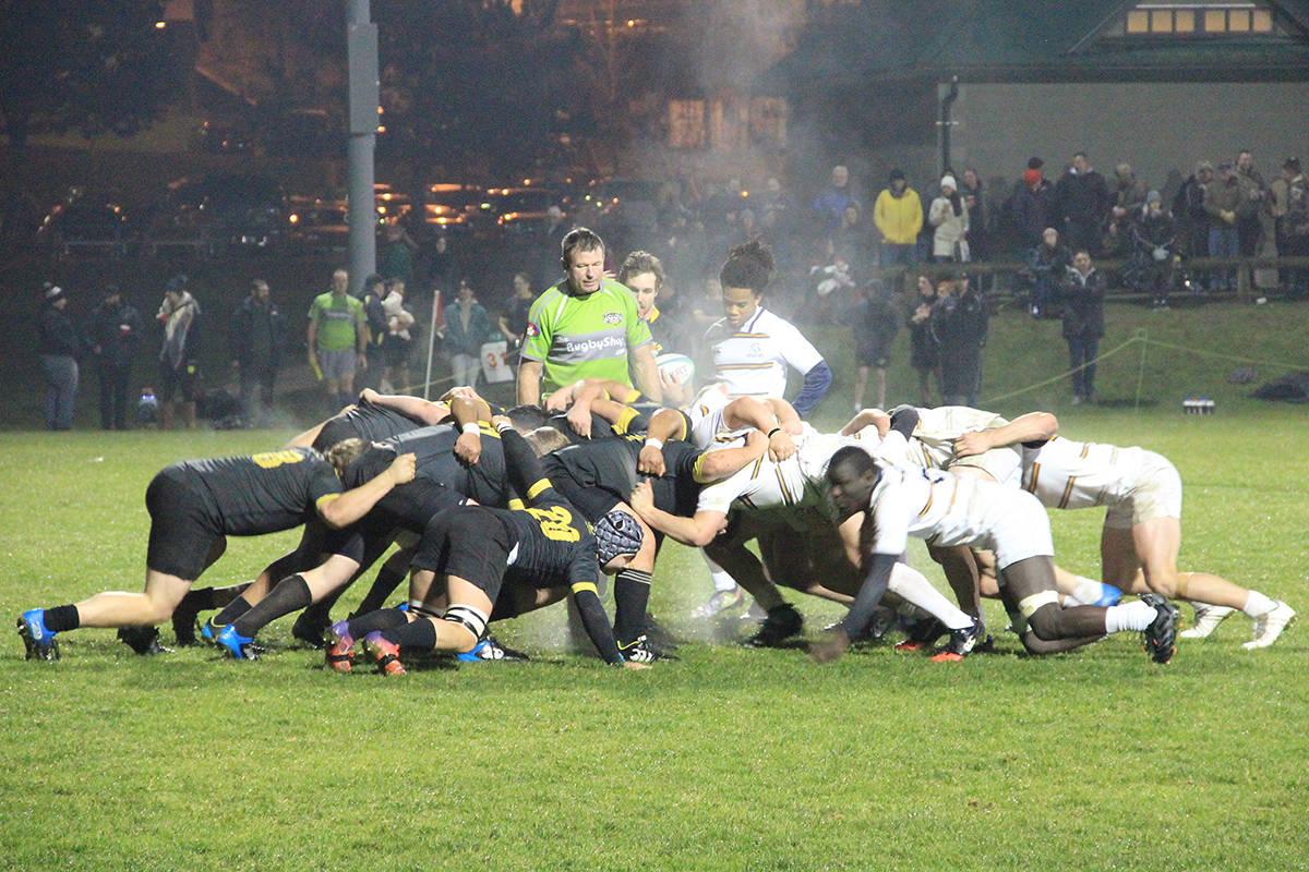 Both teams scrum down on a Surrey put in. (Photo: Malin Jordan)