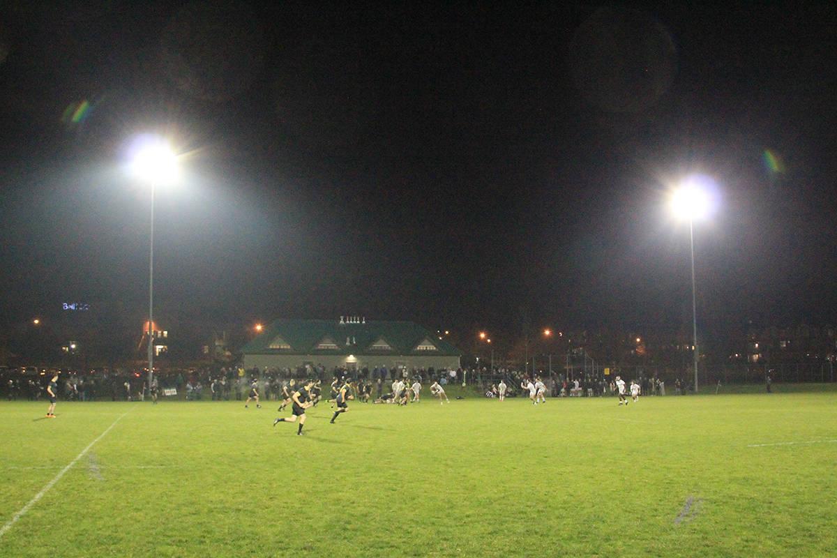 Trinity Western attacks with the ball. (Photo: Malin Jordan)
