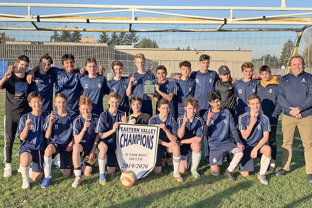 Langley Fundamental Middle and Secondary School Titans take bronze at provincials