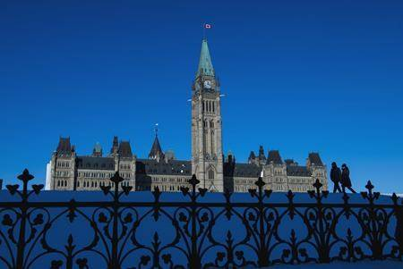 People make their way along Parliament Hill in Ottawa on Wednesday, Nov. 13, 2019. THE CANADIAN PRESS/Sean Kilpatrick