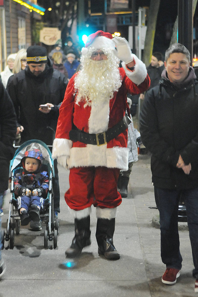 Santa Claus made his way up Glover Road to the historic Fort Langley community hall Saturday for the annual Christmas Tree lighting. (Dan Ferguson/Langley Advance Times)