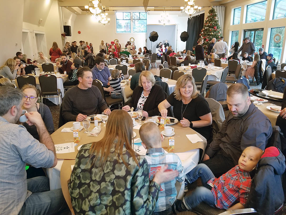 All three seatings sold out at the annual inclusive Christmas breakfast with Santa at the Langley Golf and Banquet centre on Saturday (Dec. 7). (Dan Ferguson/Langley Advance Times)
