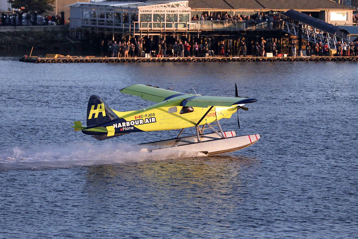 Harbour Air made history Tuesday with the first ever electric commercial aircraft flight. (Twitter/Harbour Air Seaplanes)