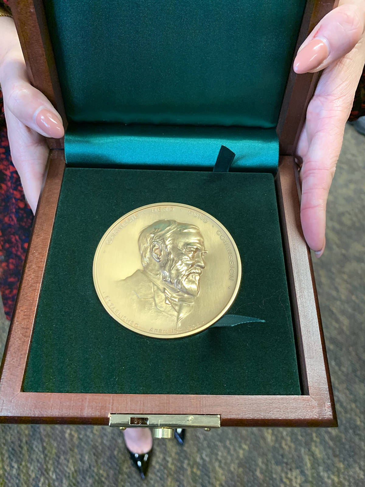 VIDEO: Chilliwack woman awarded Carnegie medal for heroism