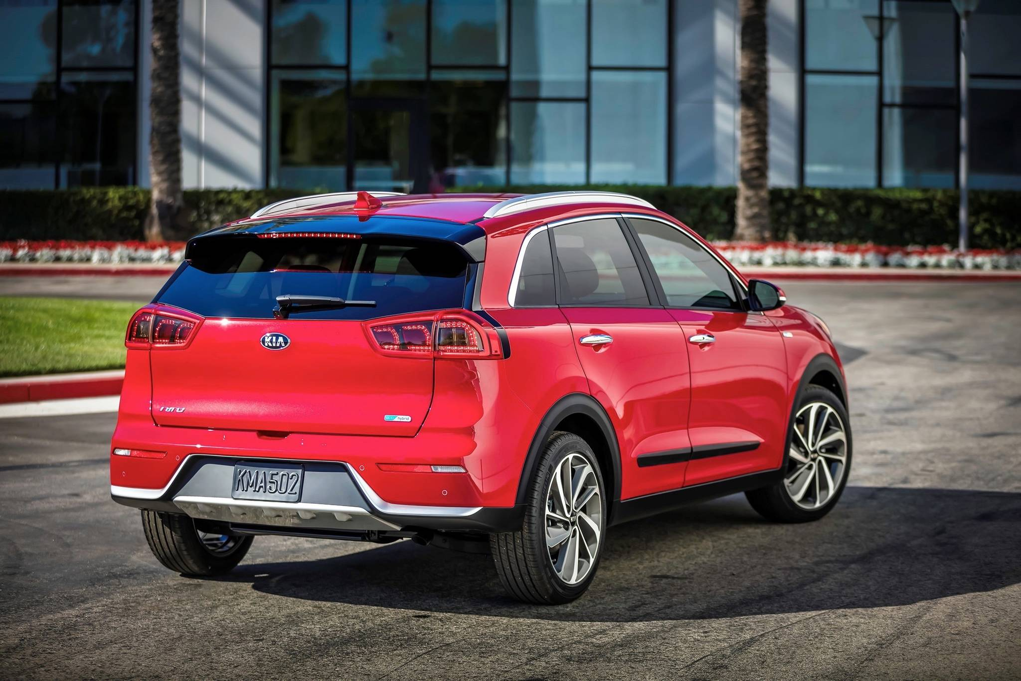 The Niro is built on a unique front-wheel-drive platform: The idea is to accommodate a variety powertrains, including the special needs of a 100 per cent electric model. Photo: KIA