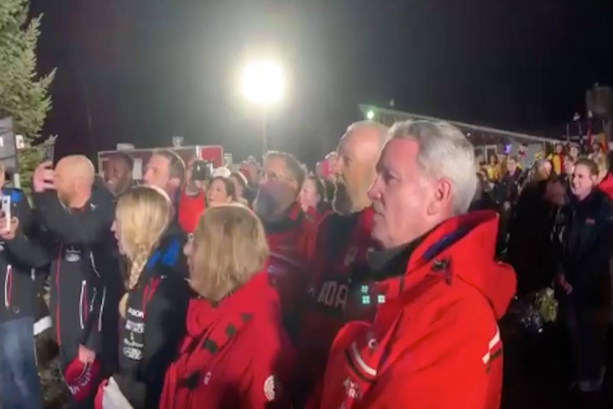 The Canadians in the crowd at the 4-man bobsleigh ceremonies at the BMW IBSF World Cup jumped into action when the broken sound system couldn't play the national anthem on Saturday. The Canadian team headed by Summerland-native Justin Kripps took gold in the event on Dec. 14. (Photo from Twitter)