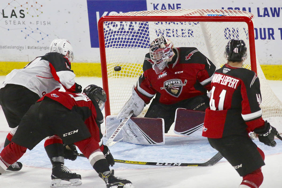 Goaltender Trent Miner made 29 saves Tuesday night (Dec. 17) at the LEC for the Vancouver Giants (14-15-1-1) as the team dropped a 3-0 decision to the Prince George Cougars (8-20-1-3). (Rik Fedyck/Vancouver Giants)