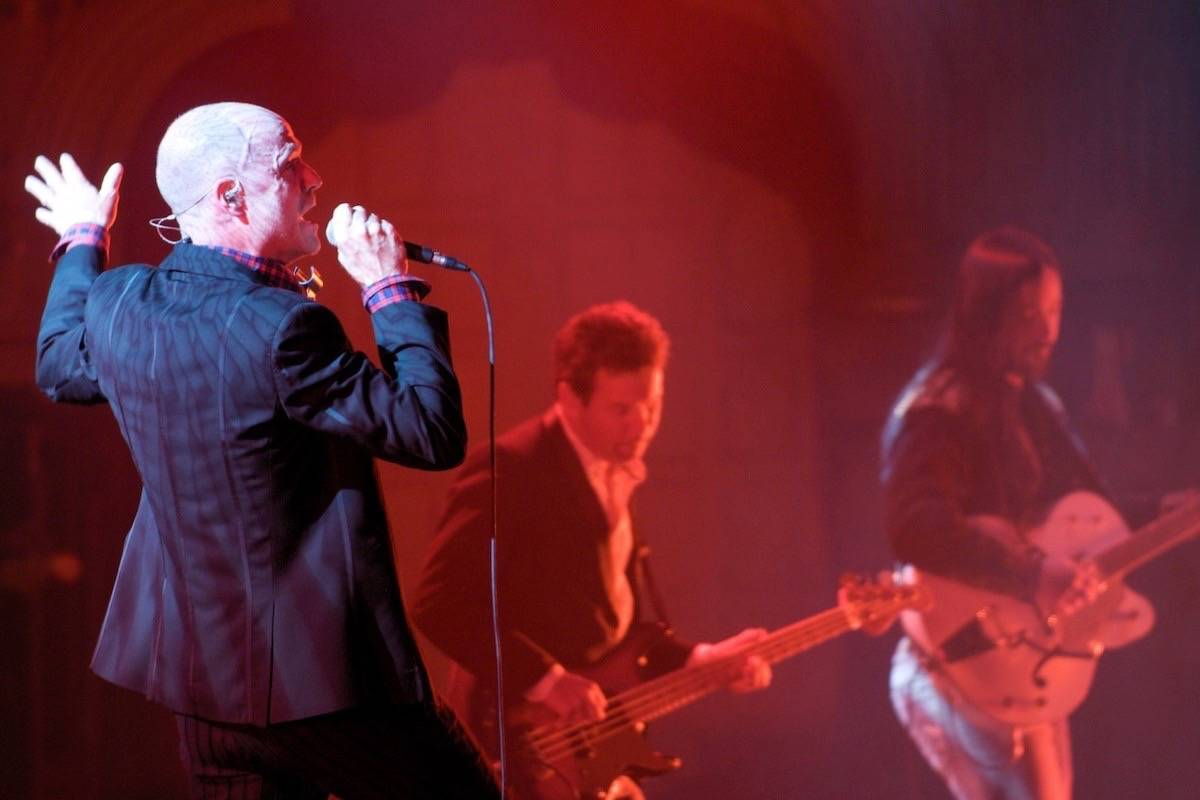 The Tragically Hip perform in 2009. The band's final tour in 2016 sparked renewed public outcry across Canada about ticket 'bots' snapping up event tickets and reselling them for a profit. (Scott Alexander/Wikimedia Commons)