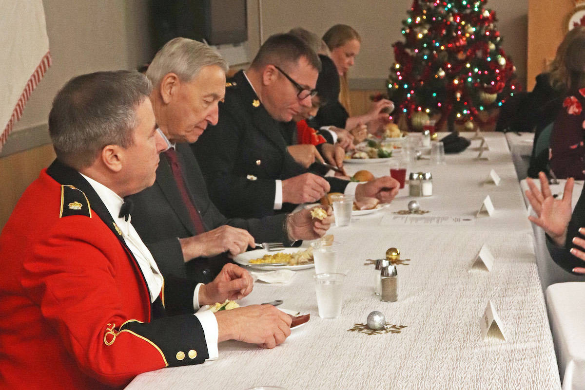 An honoured head table consisted of representatives of the Royal Westminster Regiment, cadet league, parents sponsoring committee, veterans, and two young cadets. (Sarah Grochowski photo)