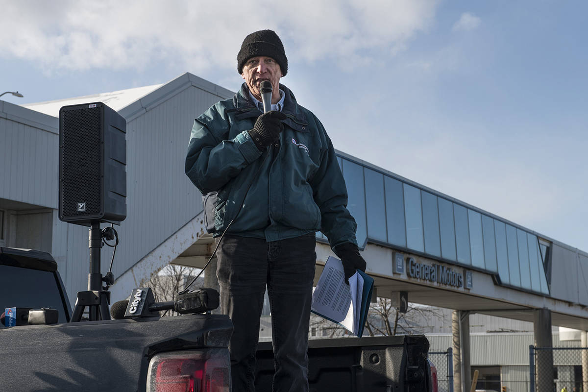 "Tony Leah, GM worker and member of Green Jobs Oshawa Coalition speaks to activists and media outside the General Motors plant in Oshawa, Ont., on the final of production on December 18, 2019. The last vehicles of an era rolled out of GM Canada's Oshawa assembly plant last week, but workers and the union behind them hope it's not the end of the line. ""We shouldn't let go of the manufacturing capacity we have there,"" said Tony Leah, who worked at the plant for 39 years before having to retire in early December. He's part of a campaign advocating for government to take over the plant and produce electric vehicles. THE CANADIAN PRESS/Aaron Vincent Elkaim"