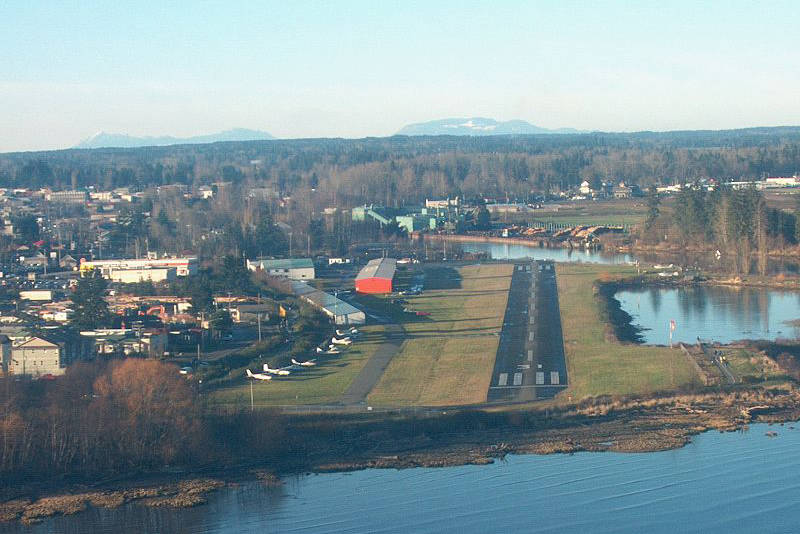Aerial view of Courtenay Airpark. Photo via Wikimedia Commons.