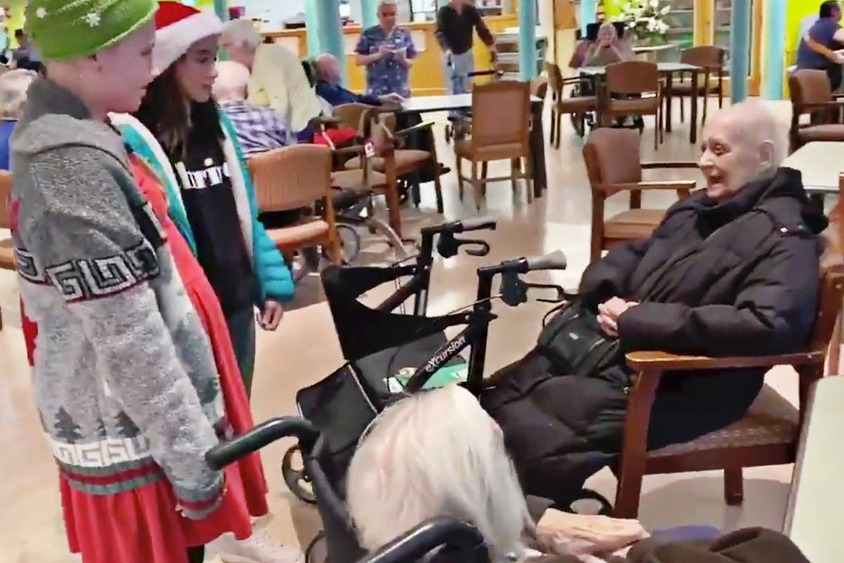 Betty Gilbert Middle School students recently spent time with residents of Jackman Manor, a seniors facility. (Langley School District Tweet)
