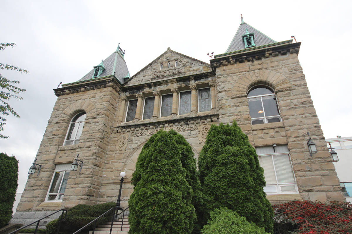 Nanaimo courthouse, where a B.C. Supreme Court case was held in the fall around indigenous smudging in a public school classroom. (News Bulletin file photo)