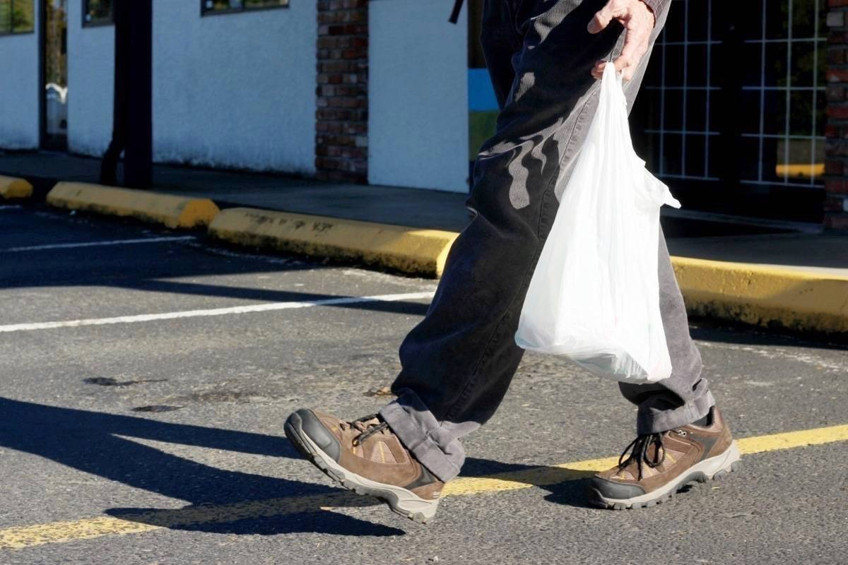 The City of Victoria's efforts to ban plastic bags were squashed by a Supreme Court ruling Thursday morning. (Black Press Media file photo)